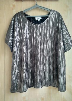 Нарядная блузка большого размера