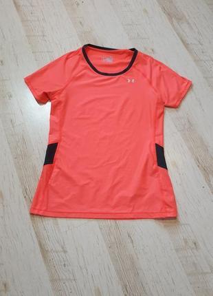 Яркая легкая спортивная футболка under armour