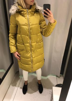 Зимняя куртка с капюшоном пальто еврозима. reserved. размеры у...