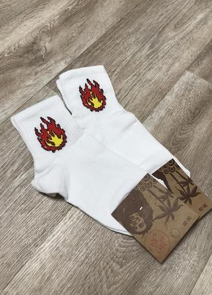 2пары -25 грн! набор женских носков с рисунком огонь размер 36...
