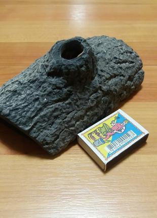 Керамические коряги и укрытия для аквариума.
