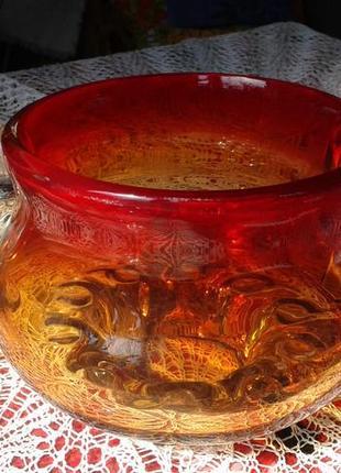 Конфетница салатница-красный чешский хрусталь времён ссср