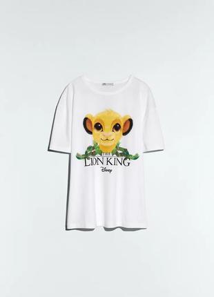 Шикарная футболка размер с zara disney свежая коллекция