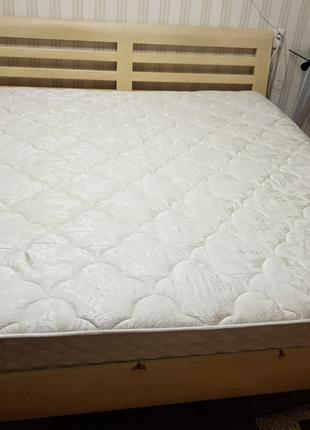 Кровать 2-спальная Б/У Отличное состояние.