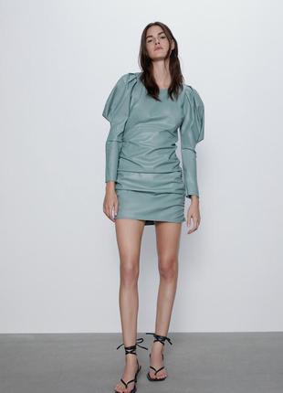 Платье кожаное с рукавами буфами zara