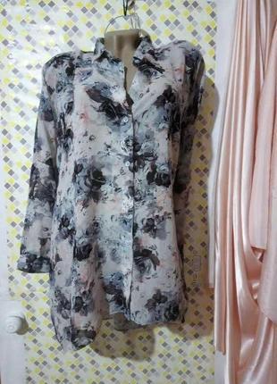 Очень красивая блуза с длинной спинкой. george на размер xxl-xxxl