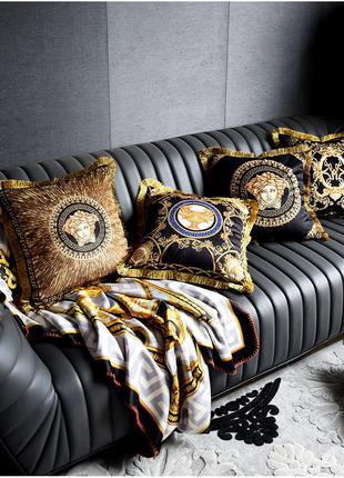 Подушка декоративная Versace для дивана, кровати, гостинной