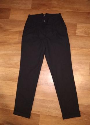 Черные штаны H&M