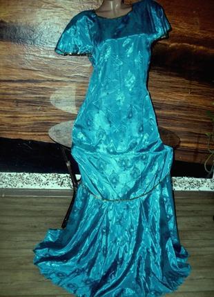 Платье для сцены или вечеринки 46-48 размера цвет зеленый