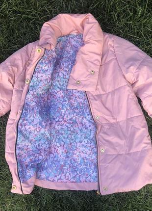 Шикарная куртка на девочку. разные размеры