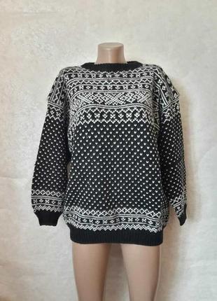 Новый шикарный мега тёплый свитер/кофта со 100 %шерсти в мелки...