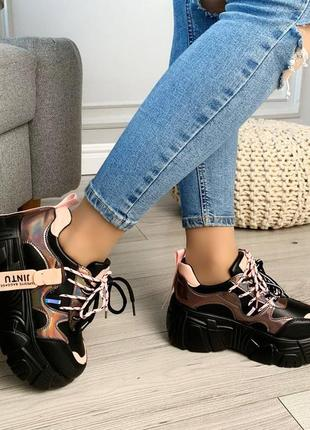 Стильные кроссовочки