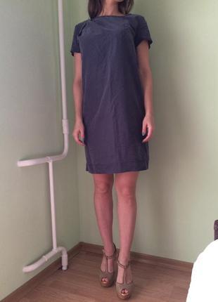 Классное платье прямого кроя