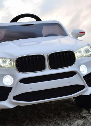 Детский электромобиль BMW X5 (белый цвет) с пультом управления