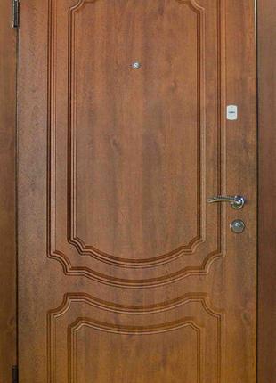 Входные двери в квартиру А №4