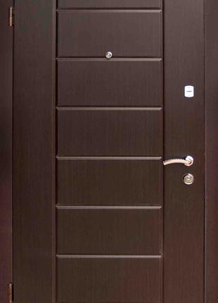 Входные двери в квартиру А №54