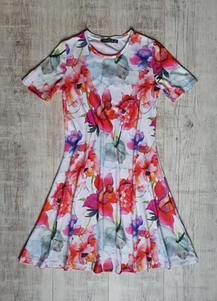 Платья в цветы