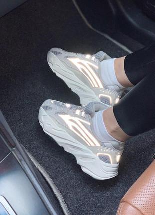 Крутые кроссовки adidas с рефлективными вставками -весна-лето-...