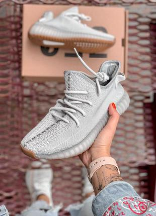 """Шикарные кроссовки """"adidas yeezy 350 beige"""" в сером цвете (вес..."""