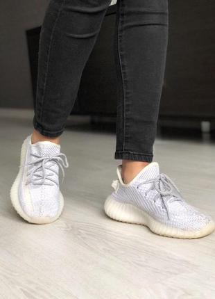 Шикарные полностью рефлективные кроссовки adidas в сером цвете...