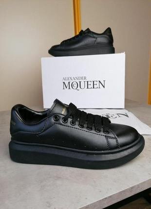 Шикарные полностью черные кроссовки alexander mcqueen (весна-л...