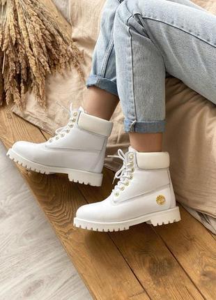 Стильные меховые ботинки timberland в белом цвете (осень-зима-...