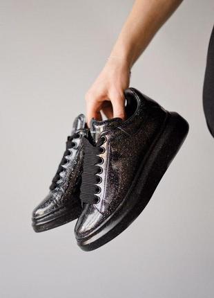 Шикарные лакированные кроссовки mcqueen galaxy  (весна-зима-ве...