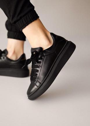 Стильные женские кроссовки mcqueen в черном цвете (весна-лето-...