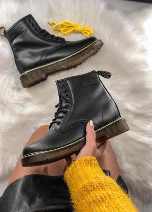 Красивые меховые ботинки доктор мартинс из кожи (осень-зима-ве...