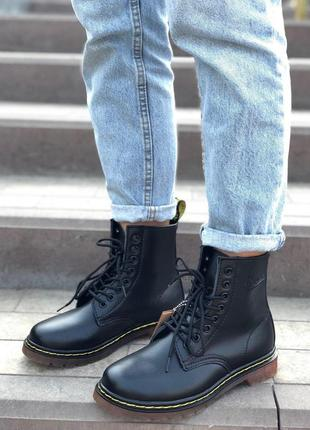 Меховые ботинки доктор мартинс в черном цвете (осень-зима-весна)😍