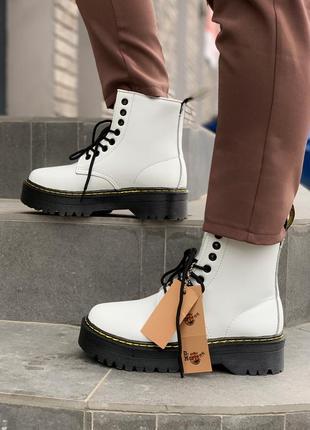 Стильные меховые ботинки dr.martens jadon в белом цвете /осень...