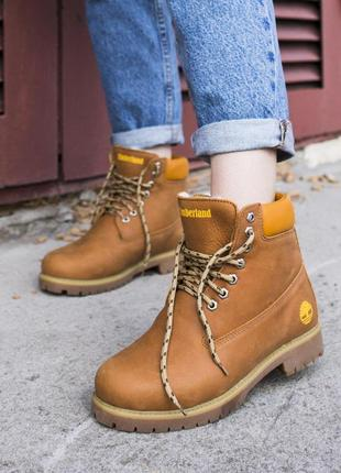 Шикарные женские ботинки timberland с мехом в горчичном цвете/...