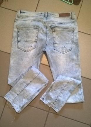 Мужские рваные джинсы zara.