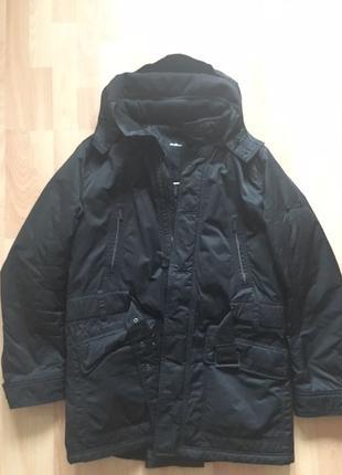 Продам зимнюю куртку Strellson Premium