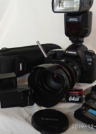 Продам Canon EOS 5D mark II 25-105L Kit + вспышка и 4 аккумулятор