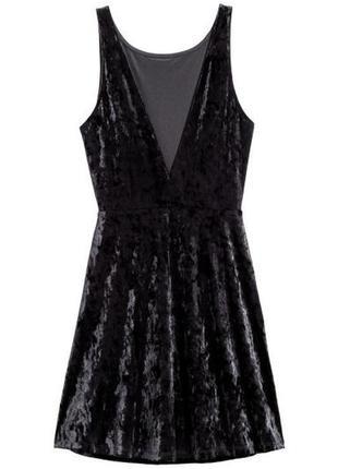 Бархатное коктейльное платье с вырезом на спине #10max