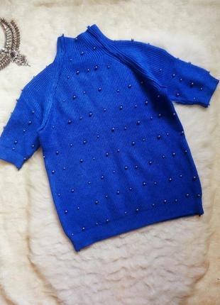 Синий свитер под горло гольф с рукавами бусинами жемчугом кофт...