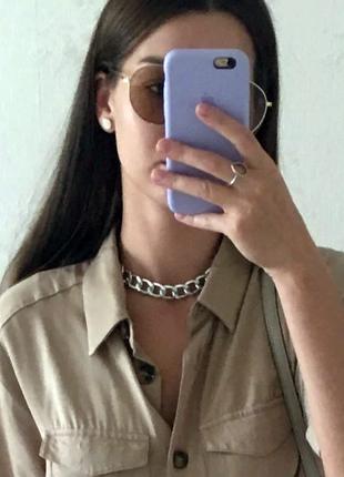 Эффектная массивная женская цепь на шею серебряного цвета