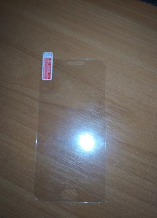 Защитное стекло на Meizu M2 mini