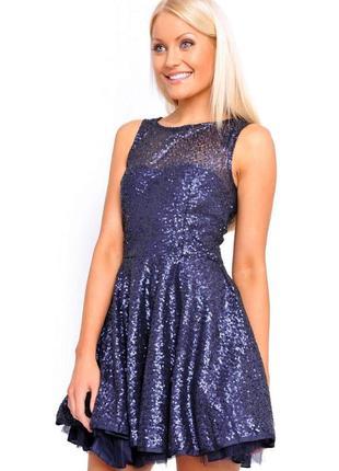 Нарядное платье в пайетках пышная юбка размера l-xl