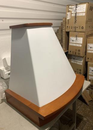 Вытяжка купол массив дуба, 60 см, 700м3 Pyramida уценка