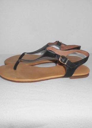 Черные  кожаные босоножки сандалии на плоской подошве max браз...