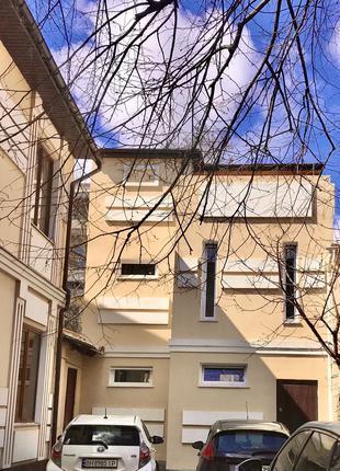 Продам квартиру (дом) на Гоголя/пер. Маяковского, центр.