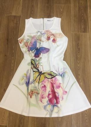 Платье с бабочками классное