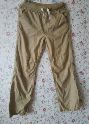 Стильные песочные брюки