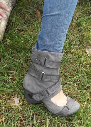 Летние сапоги, туфли 38 размер
