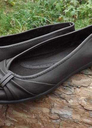 Туфли женские на низком ходу коричневые easy street 39-40 размер