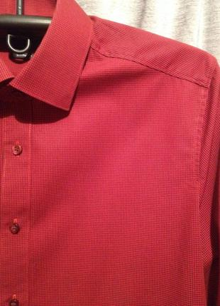 Приталенная рубашка в мелкую клеточку.274.