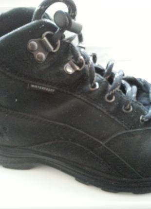 ботинки Timberland р 37,5 мальчику