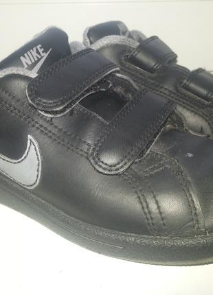 кроссовки Nike р 28,5 мальчику